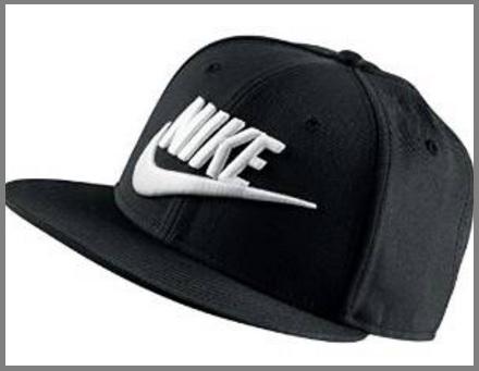 Cappellino Nero Firmato Nike Classico