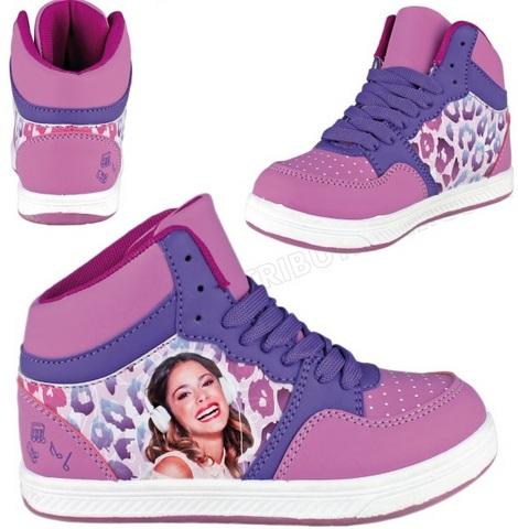 Scarpe ginnastica di violetta