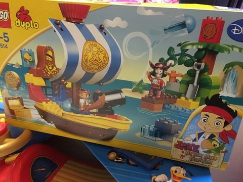 Lego male il pirata