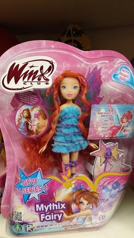 Bambola di winx mythix fairy