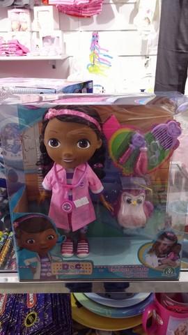 Dottoressa dottie bambola