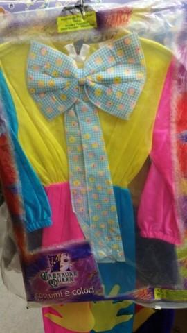 Costume di carnevale tutto colorato