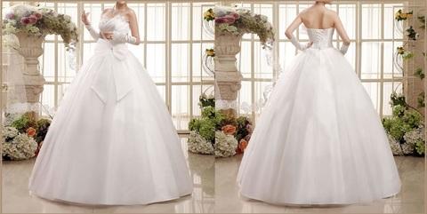 Abito da sposa lavorato ed elegante con perline