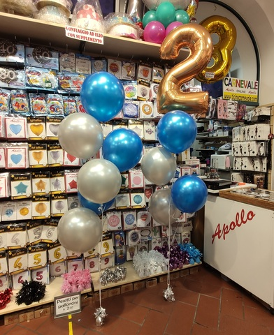 Decorazione di palloncini per festa di compleanno 2 anni