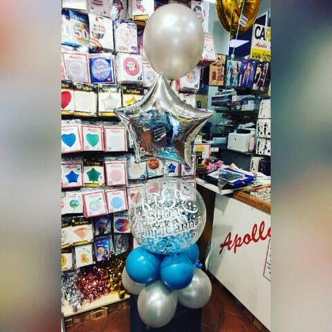 Decorazione di palloncini buon compleanno