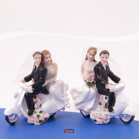 Statuetta con coppia di sposi