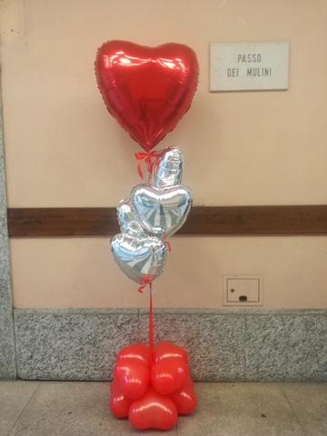 Composizioni di palloncini per anniversari amore