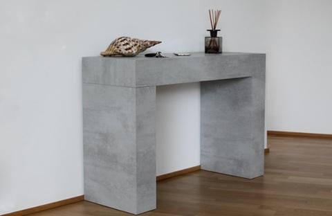 Consolle in finto cemento per interni