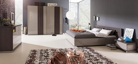 Camera da letto componibile e moderna
