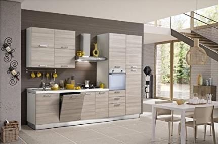 Cucina componibile moderna e capiente