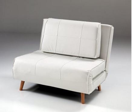 Poltrona letto in legno massello pratica e ecologica