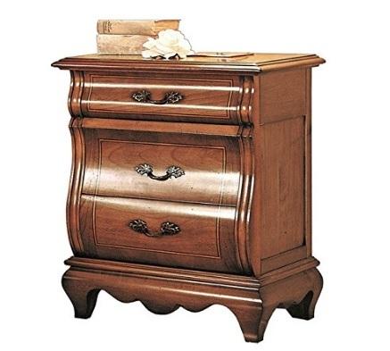 Comodino classico in legno sagomato per la camera da letto