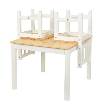 Tavolino in legno di abete per bambini