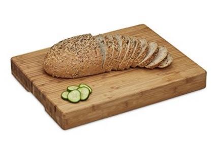 Tagliere robusto per la cucina in legno