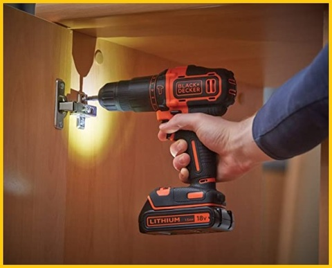 Black and decker avvitatore a percussione