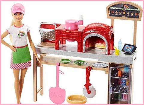 Giocattoli barbie e cucina