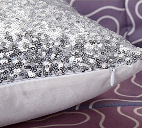 Cuscino glitter con brillantini in argento