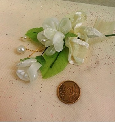 Bomboniere fiori con perline segnaposto