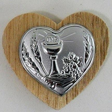 Calamita in legno con piastrina bomboniera prima comunione