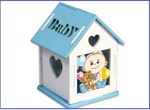 Bomboniera a forma di casetta orologio