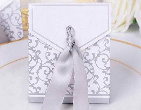 Bomboniere matrimonio argento portaconfetti