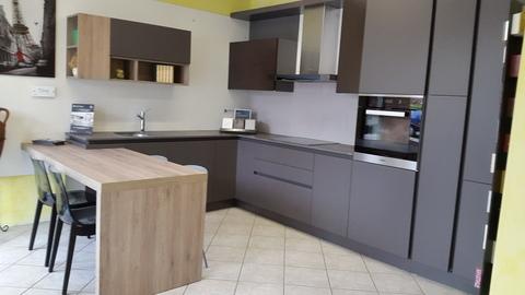 Cucine moderne mobilya for Harte arredamenti