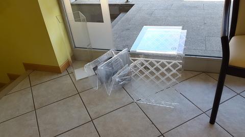 Plexiglass  tavolini, porta ombrelli, porta riviste