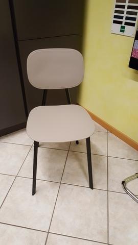 Qt. 04 sedie tata metallo e polipropilene