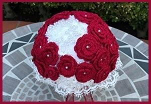 Bouquet Uncinetto Rosso E Bianco