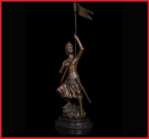 Statua Bronzo Soldato