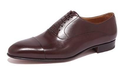 Scarpa classica marrone