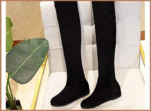 Stivali alti sopra il ginocchio senza tacco
