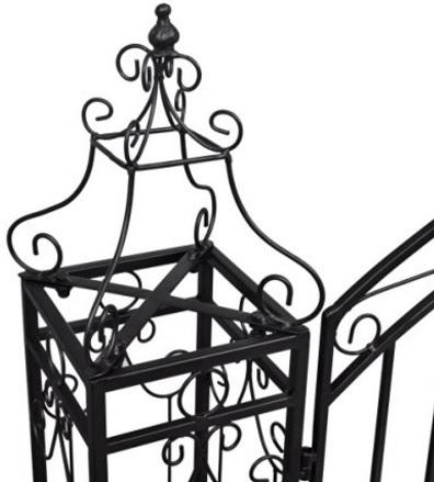 Cancello molto grande e ornamentale in ferro battuto