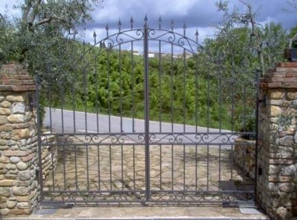 Cancello in ferro battuto classico