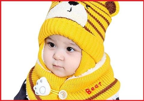 Cappellino paraorecchie neonato