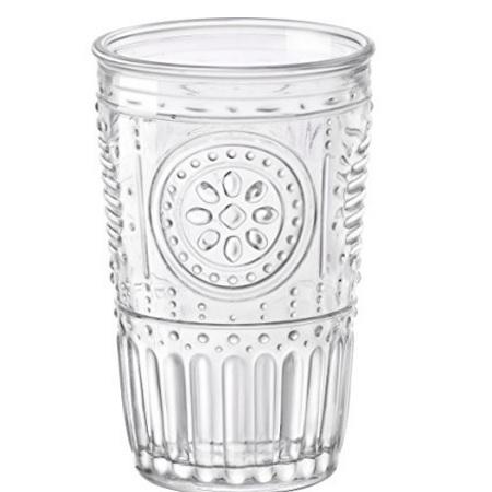 Bicchieri in vetro con rilievi originali per la casa