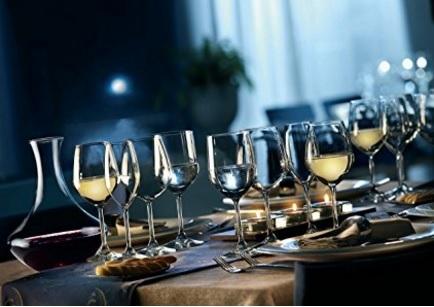 Bicchieri per vino in vetro per la casa