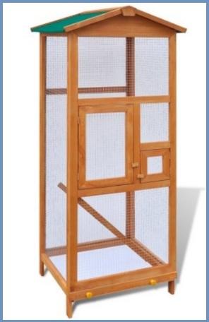 Gabbie spaziose in legno per uccelli