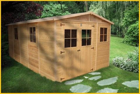 Garage prefabbricato in legno
