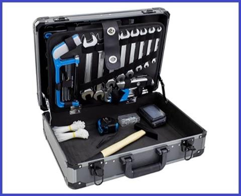 Cassetta con utensili da lavoro