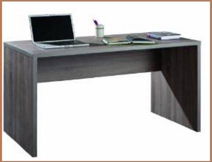 Ufficio con mobili moderni completo