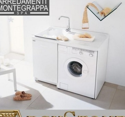 Arredo bagno con mobile porta lavatrice