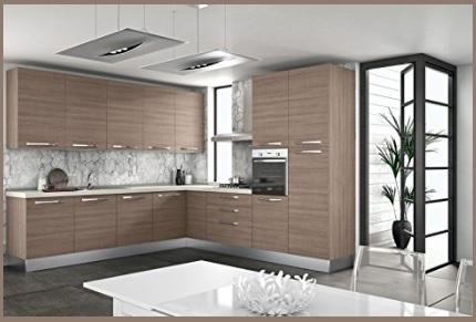 Cucina classica angolare in legno