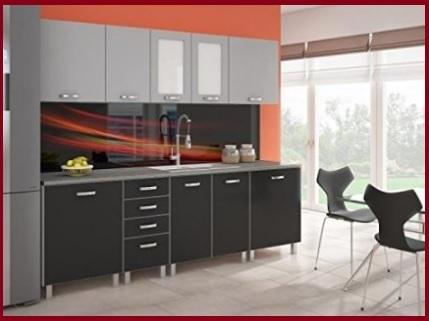 Cucina moderna nera e bianca