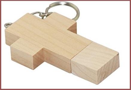 Pendrive croce di legno