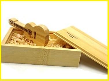 Chiavetta usb chitarra di legno