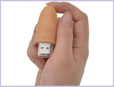 Chiavetta usb a forma di dito umano