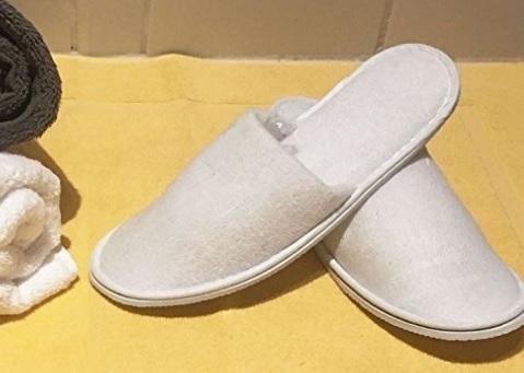 Pantofole antiscivolo in spugna per hotel