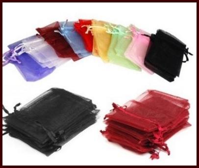 Sacchetti classici colori assortiti in organza