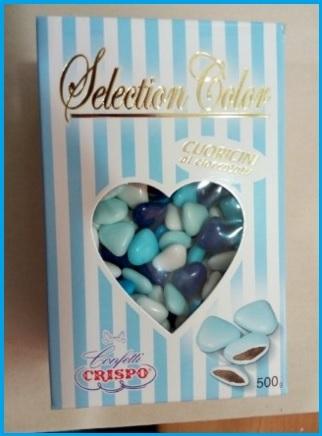 Confetti a forma di cuore di varie sfumature di blu